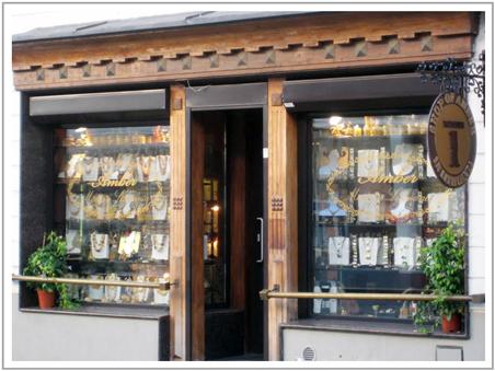 Lithuanian-shop-Window