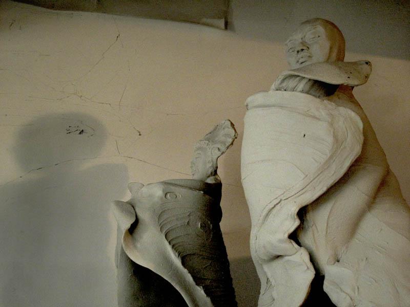 Buddha_Statues_In_Raw_Clay