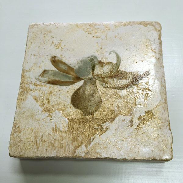 Floating magnolia mixed media on Venetian plaster byiskra
