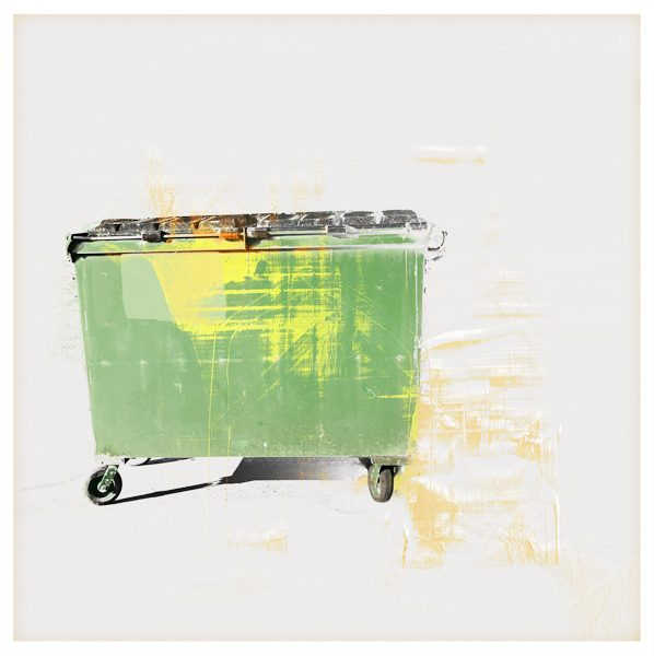 Simple Green Recycle Print by iskra