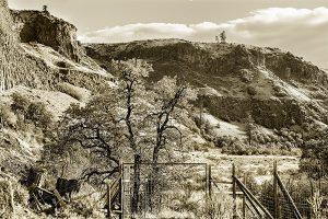 Western Gate Landscape Photography by Iskra
